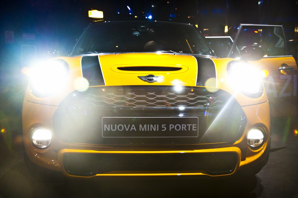 bmw-mini-milano-srl-gialla-cinque-porte-5paziale-5-milano