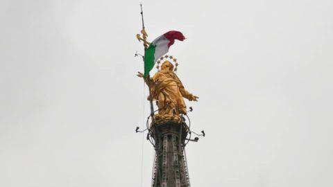 Milano è ancora in piedi – qualche pensiero sulla violenza di questi giorni