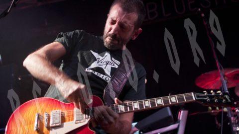 La Notte delle Chitarre infiamma il BluesHouse – Tutte le foto