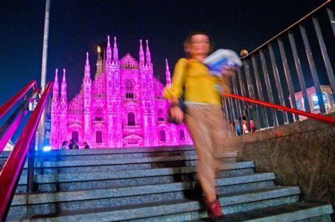 AIRC e Breast Cancer Awareness: un fiocco rosa sul Duomo di Milano